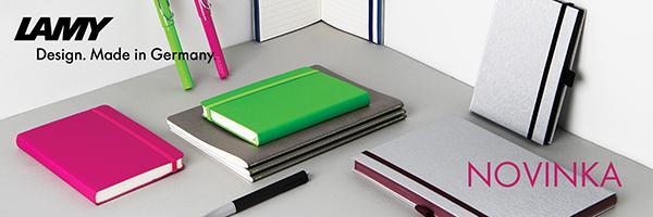 Barevné, černé a šedé zápisníky a šedé sešity Lamy